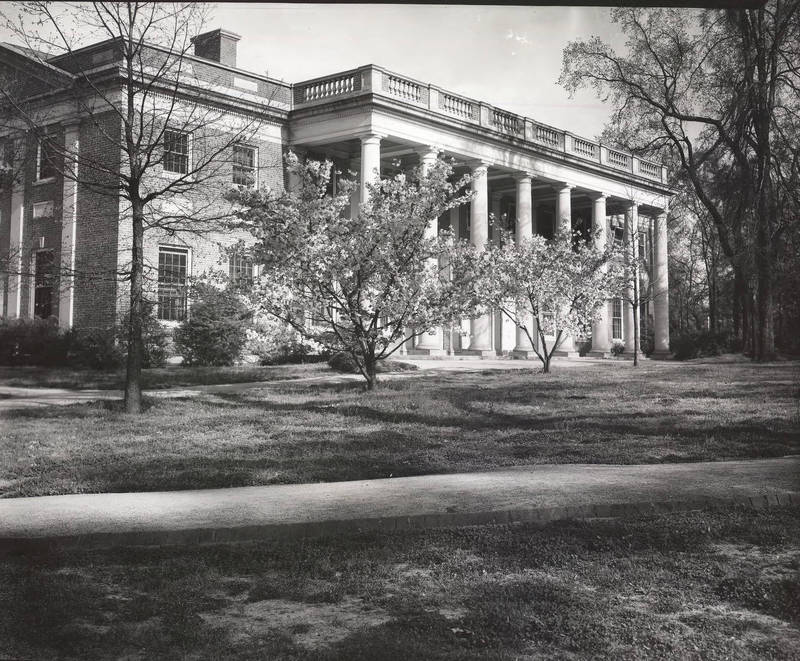 Graham Memorial Hall, constructed in 1931