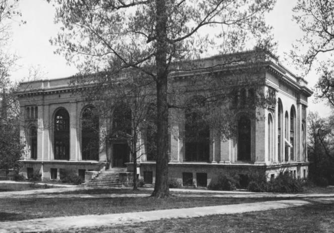 Howell Hall, 1906