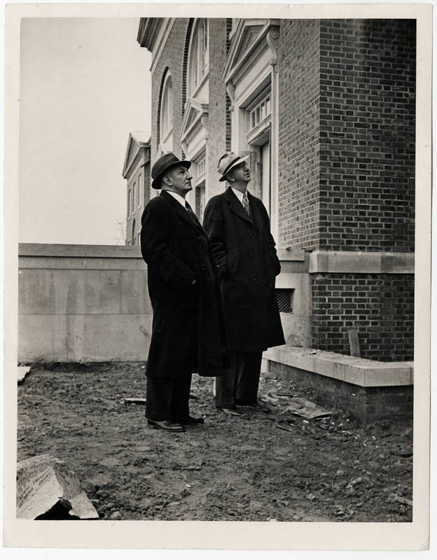 Charles Thomas Woollen (1878-1938) (on left)