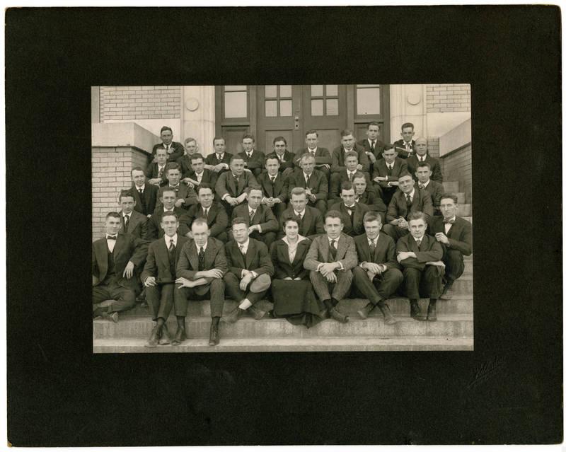 Cora Zeta Corpening, center, front row, 1916
