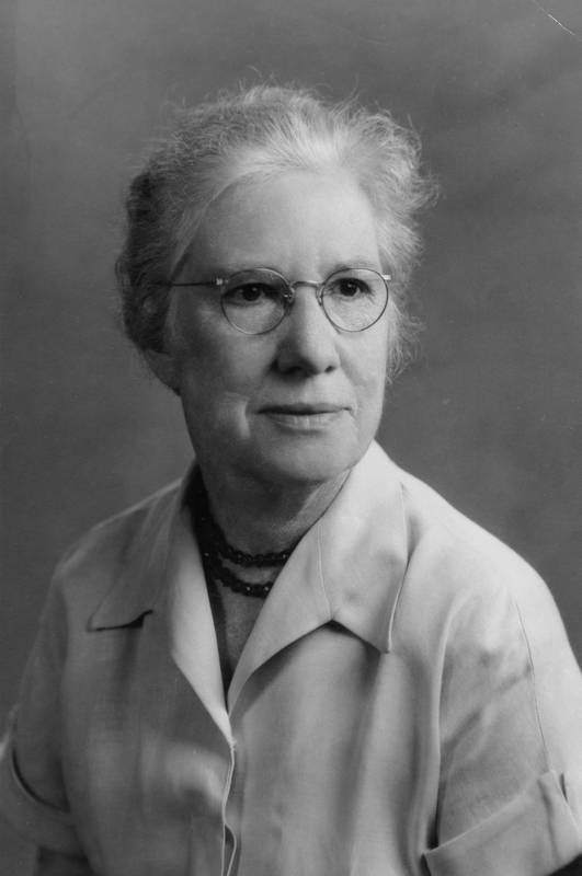 Dean Susan Grey Akers (1899 -1984)